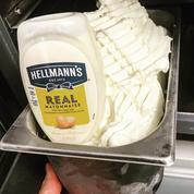 Mayonnaise, rillette, eau bénite... Retour sur ces parfums de glaces qui n'auraient jamais dû exister