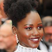 Chignons, tresses, turbans... Lupita Nyong'o, inspirante ambassadrice des cheveux afro