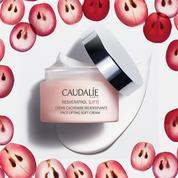 Trois choses à savoir sur la crème cachemire redensifiante resveratrol lift de Caudalie