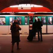 Attouchée dans le métro à Paris, elle filme son agresseur et diffuse les images sur Twitter