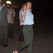 En simples Converse pour prendre l'avion, Melania Trump a retenu la leçon