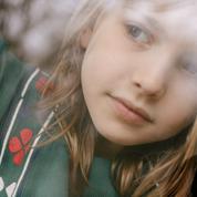 Enfants : des jolies tenues de fête pour attendre le Père Noël avec style