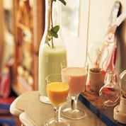 Trio de boissons à la menthe, à la rose et à la mangue