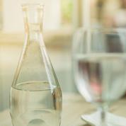 Bouilloire en plastique, réutiliser sa bouteille... Les erreurs à ne pas commettre avec l'eau