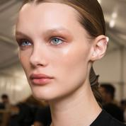 Comment se maquiller quand on a la peau sèche et sensible ?