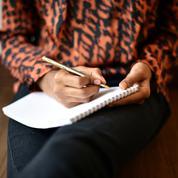 Angoisse, douleur, reconstruction… quand le simple fait d'écrire libère intensément