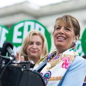Aux États-Unis, les femmes se battent depuis 40 ans pour entrer dans la Constitution