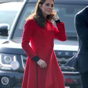 En robe Gucci ou lamé Missoni, Kate Middleton ose
