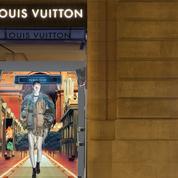 Louis Vuitton invite à un voyage dans le futur avec ses vitrines digitales