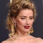 L'itinéraire capillaire d'Amber Heard, du noir corbeau au blond platine