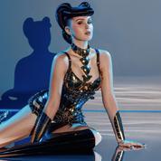 Viktoria Modesta, performeuse handicapée et prochaine tête d'affiche du Crazy Horse