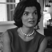 Le style inouï de Jackie Kennedy célébré dans une exposition parisienne