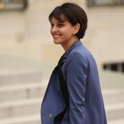 Najat Vallaud-Belkacem tacle Emmanuel Macron après ses propos sur les familles monoparentales
