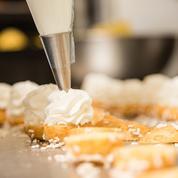 Croquis, saveurs, décors... dans le secret de la création en pâtisserie