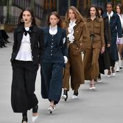 À quoi ressemble le premier défilé Chanel sans Karl Lagerfeld ?