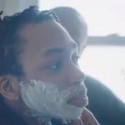 Dans la vidéo