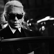 Chanel et Fendi organisent un grand hommage parisien à Karl Lagerfeld