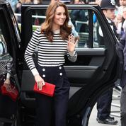 Kate Middleton maîtrise le look de la Parisienne mieux qu'une Française