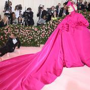 Retour sur le strip-tease de Lady Gaga sur le tapis rouge du Met Gala 2019