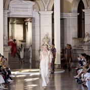 Défilé Yuima Nakazato automne-hiver 2019-2020 Couture