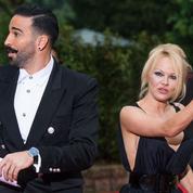 Pamela Anderson et Adil Rami pour les nuls