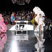 Défilé Schiaparelli automne-hiver 2019-2020 Couture