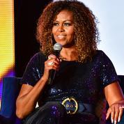 Michelle Obama dévoile ses boucles naturelles et le Web frise l'hystérie