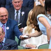 Quand Stan Smith en personne offre des mini-baskets à Kate Middleton