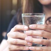 Ces signes qui prouvent que vous ne buvez pas assez d'eau dans la journée