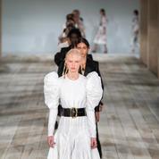 Défilé Alexander McQueen printemps-été 2020 Prêt-à-porter
