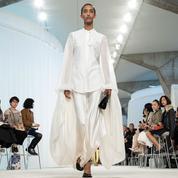 À Paris, pour l'été 2020, les designers font renaître l'envie d'une mode sophistiquée