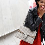 Quelles sont les pièces fétiches des influenceuses arborées pendant la Fashion Week ?