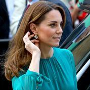 Kate Middleton fait sensation avec une paire de boucles d'oreilles... à six euros