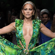 La robe jungle de Jennifer Lopez au cœur d'un procès
