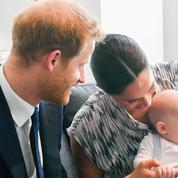 Le prince Harry et Meghan Markle dévoilent un cliché inédit du baptême d'Archie