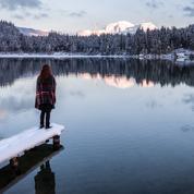 Plongée sous la glace, séjour en igloo, bain nordique… 5 expériences pour réinventer les séjours à la montagne