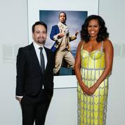 Jaune acide, effet corset, crinoline de strass... L'audacieuse robe de Michelle Obama