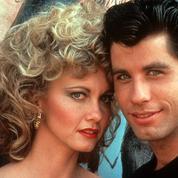 John Travolta et Olivia Newton-John renfilent leur costume de