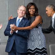 Michelle Obama défend son amitié avec George W. Bush :