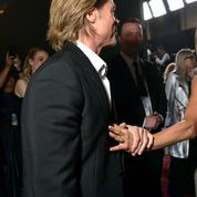 Brad Pitt et Jennifer Aniston : la main qui en dit long en coulisses des SAG Awards
