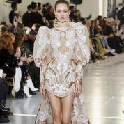 Journal de bord de la haute couture parisienne