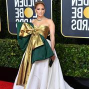 Aux Golden Globes, Jennifer Lopez prolonge les fêtes avec sa robe