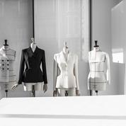 En vidéo : dans les coulisses de Dior Héritage pour l'anniversaire de la veste Bar