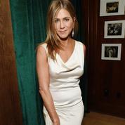 Jennifer Aniston a délaissé Brad Pitt pour un autre acteur à l'afterparty des Oscars