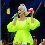 Les tenues de grossesse ultra vitaminées de Katy Perry