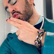 Perles, diamants… La leçon de confinement tout en bijoux de Marc Jacobs