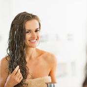 Huit soins capillaires clean qui vont transformer votre routine cheveux
