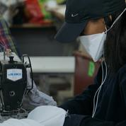 À Roubaix, des jeunes se mobilisent pour fabriquer des milliers de masques en urgence