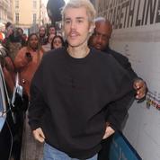 Justin Bieber somme Twitter de lui révéler l'identité de ses deux accusatrices