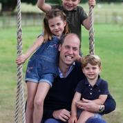 Le prince William et ses trois enfants sur une balançoire : le nouveau cliché signé Kate Middleton